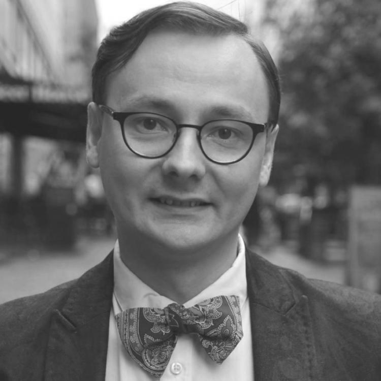Дмитро Ольшанський